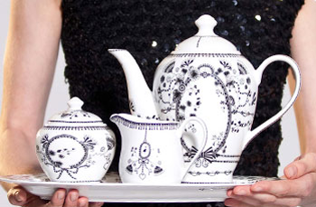 Servies van Miss Blackbirdy