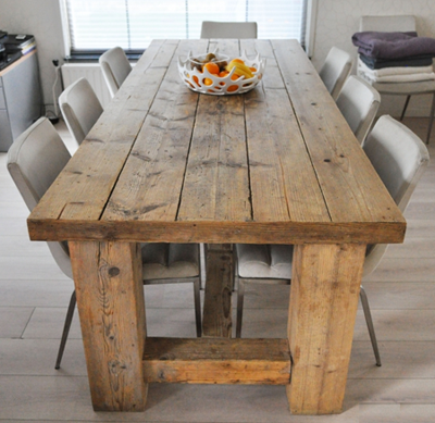 Eettafel-hout-lifestyle.png